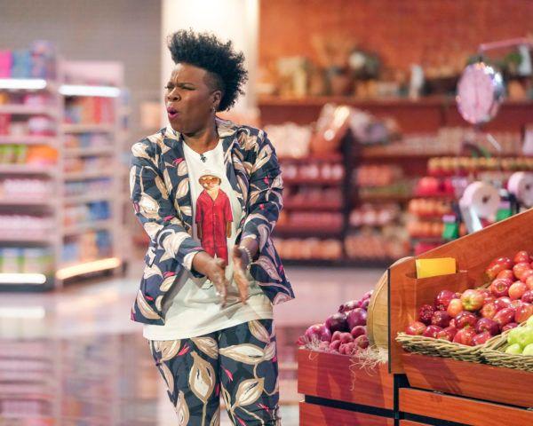 supermarket-sweep-leslie-jones-2