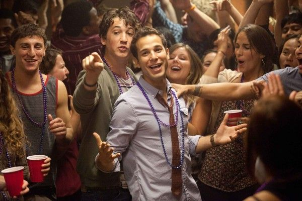 21-and-over-skylar-astin