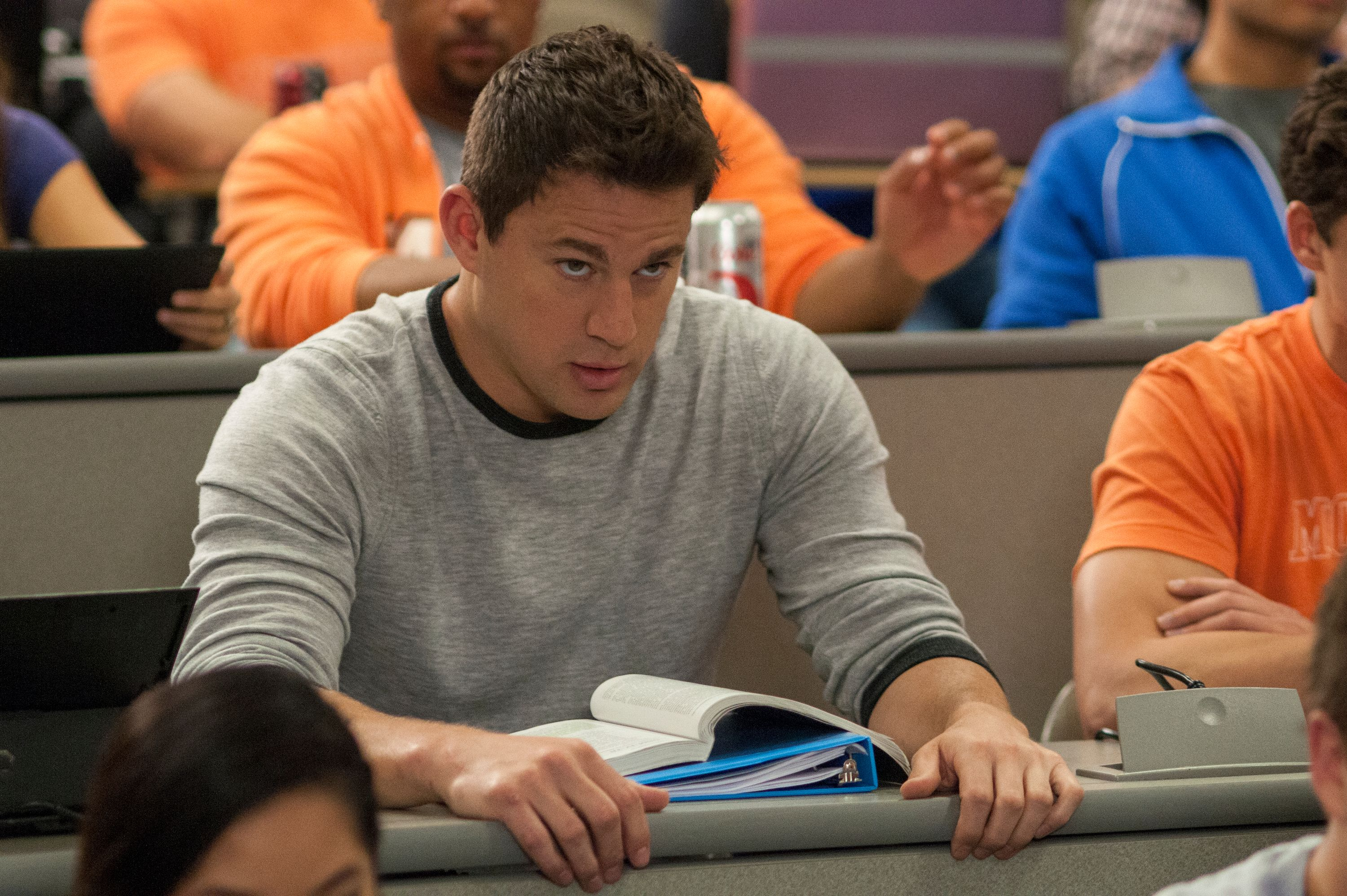 22 jump street images and featurette with channing tatum