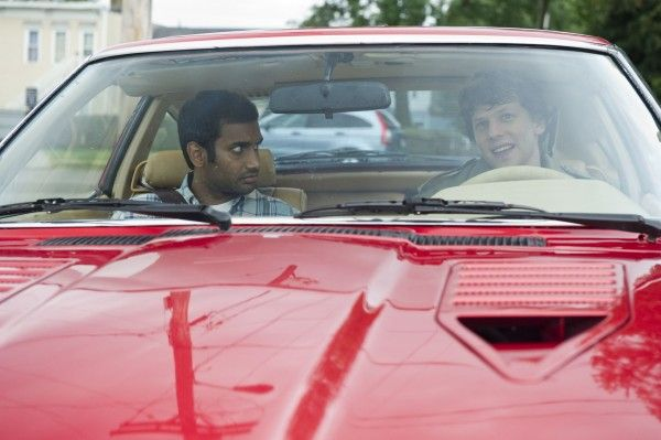 30-minutes-or-less-movie-image-jesse-eisenberg-aziz-ansari-03