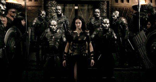 300-rise-of-an-empire-eva-green-5