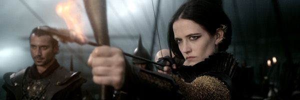 300-rise-of-an-empire-eva-green-slice