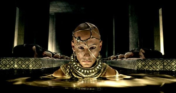 300-rise-of-an-empire-rodrigo-santoro-xerxes