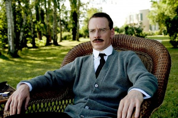 a-dangerous-method-movie-image-michael-fassbender-04