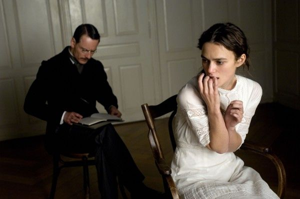 a-dangerous-method-movie-image-michael-fassbender-keira-knightley-02