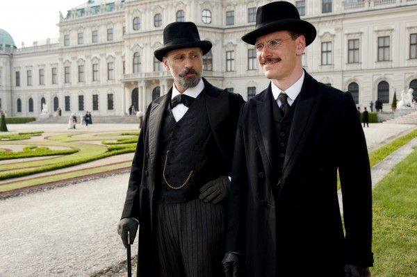 a-dangerous-method-movie-image-michael-fassbender-viggo-mortensen-02