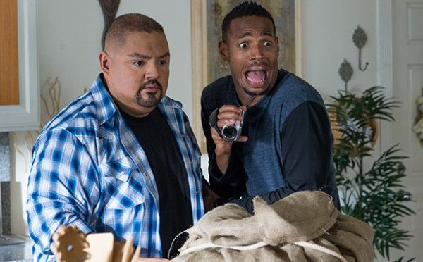 a-haunted-house-2-marlon-wayans-gabriel-iglesias