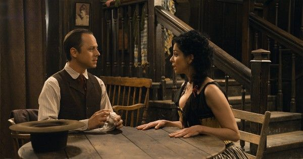a-million-ways-to-die-in-the-west-sarah-silverman-giovanni-ribisi