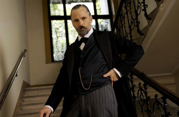a_dangerous_method_movie_image_viggo_mortensen_01
