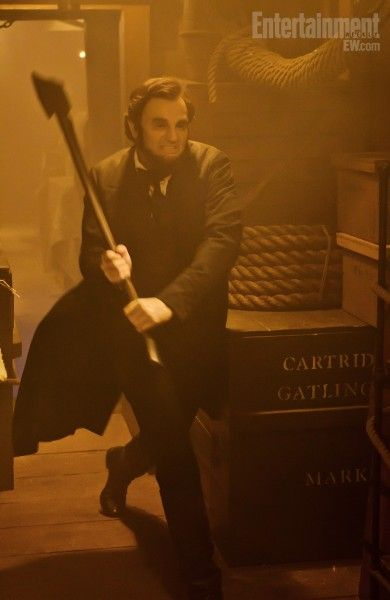 abraham-lincoln-vampire-hunter-movie-image-benjamin-walker-2