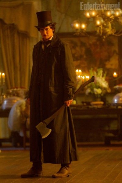 abraham-lincoln-vampire-hunter-movie-image-benjamin-walker-3
