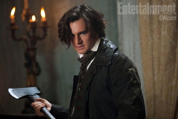 abraham-lincoln-vampire-hunter-movie-image-benjamin-walker