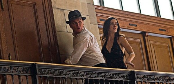adjustment-bureau-movie-image-matt-damon-emily-blunt-03