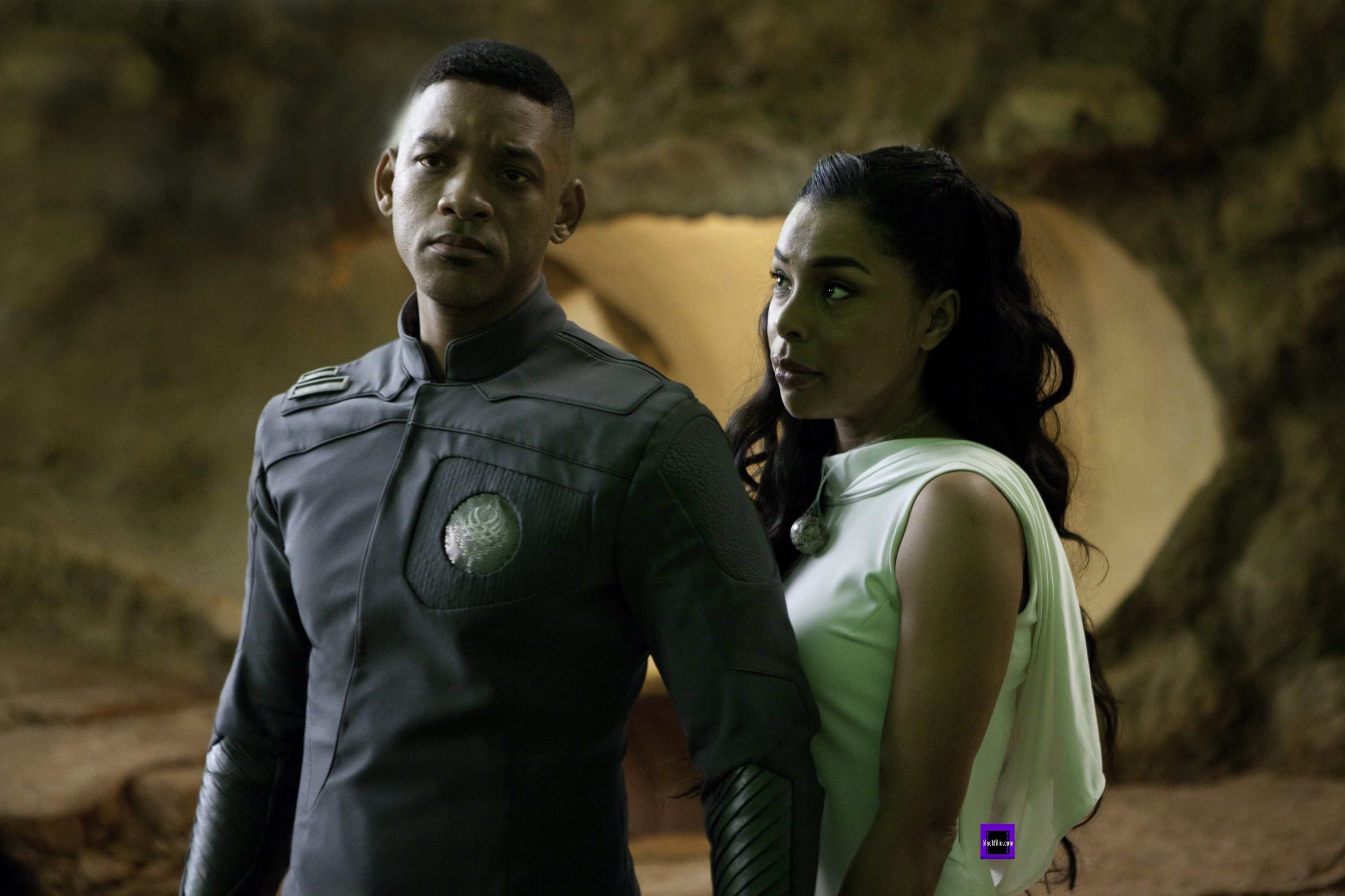AFTER EARTH Images Featuring Sophie Okonedo and Zoe ...   3000 x 2000 jpeg 1595kB