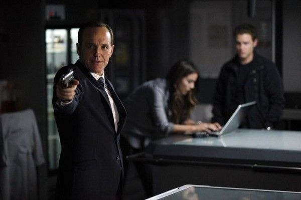 agents-of-shield-turn-turn-turn-clark-gregg