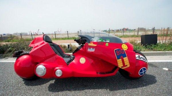 akira-kaneda-motorcycle