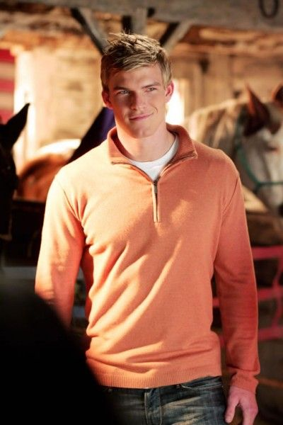 alan_ritchson_aquaman_smallville_03