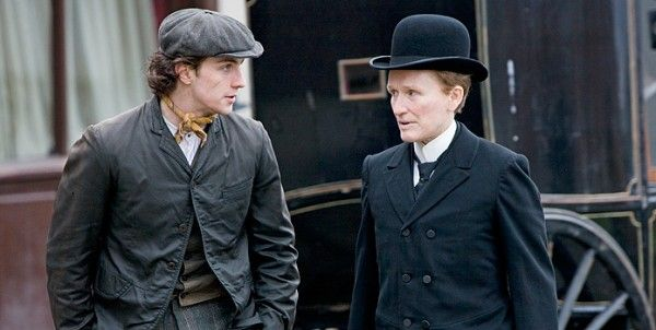 albert-nobbs-movie-image-glenn-close