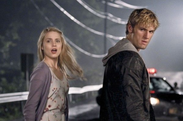 alex-pettyfer-dianna-agron-i-am-number-four-image-3