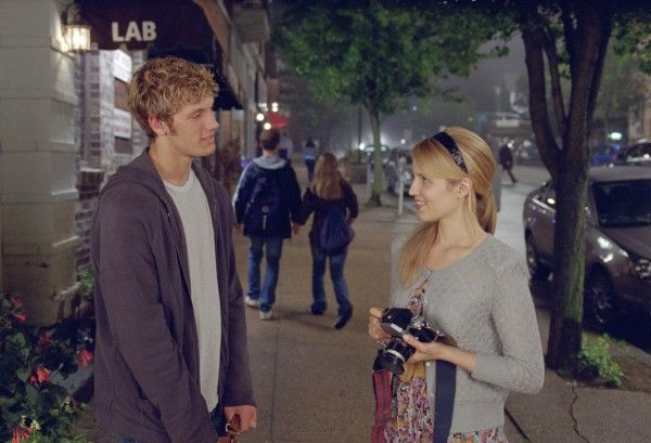 alex-pettyfer-dianna-agron-i-am-number-four-image-6