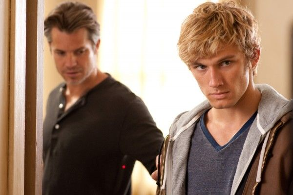 alex-pettyfer-timothy-olyphant-i-am-number-four-image-2