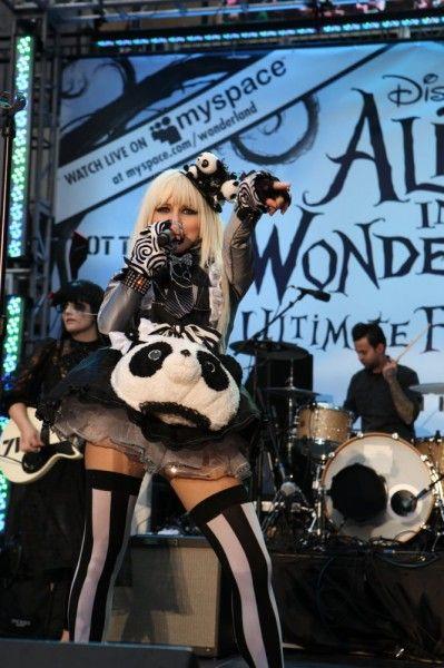 alice-in-wonderland-fan-event-2-1
