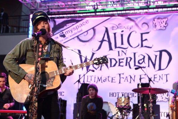 alice-in-wonderland-fan-event-2-3