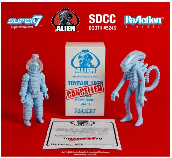 alien-reaction-figures-super-7-sdcc-exclusive-1