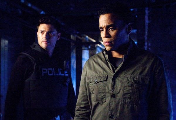 almost-human-karl-urban-michael-ealy