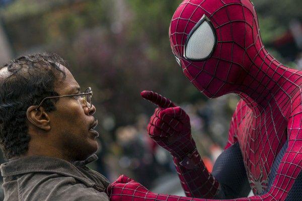 amazing-spider-man-2-jamie-foxx-andrew-garfield-hi-res