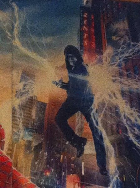 amazing-spider-man-2-poster-photo-electro