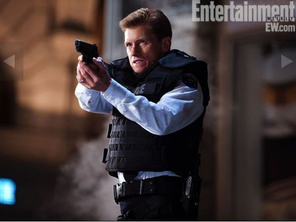 amazing-spider-man-movie-image-denis-leary-hi-res-ew-branded-01