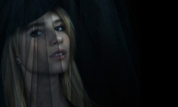 american-horror-story-coven-emma-roberts
