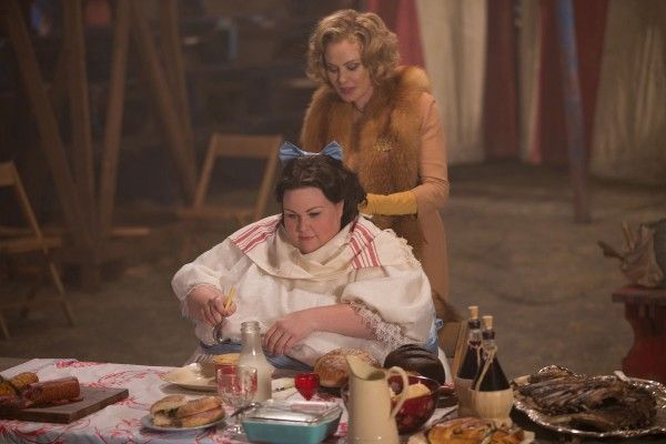 american-horror-story-episode-408-jessica-lange-chrissy-metz