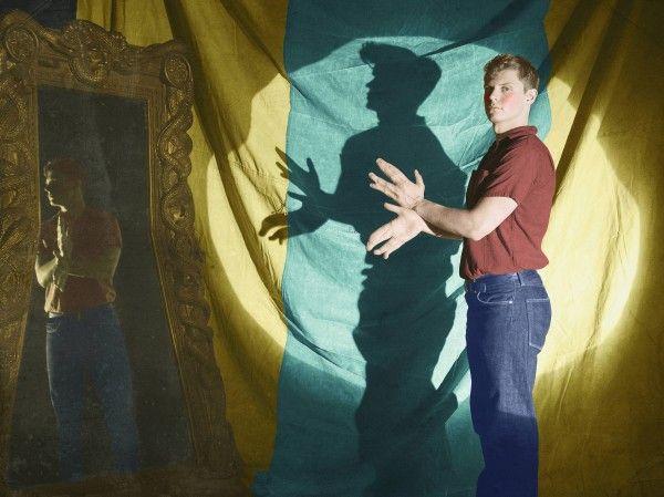 american-horror-story-freak-show-character-poster-evan-peters
