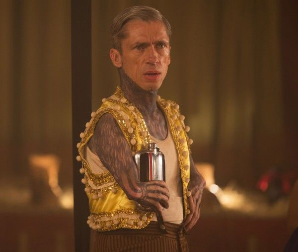 american-horror-story-freak-show-episode-403-mat-fraser