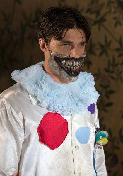 american-horror-story-freak-show-finn-wittrock-3