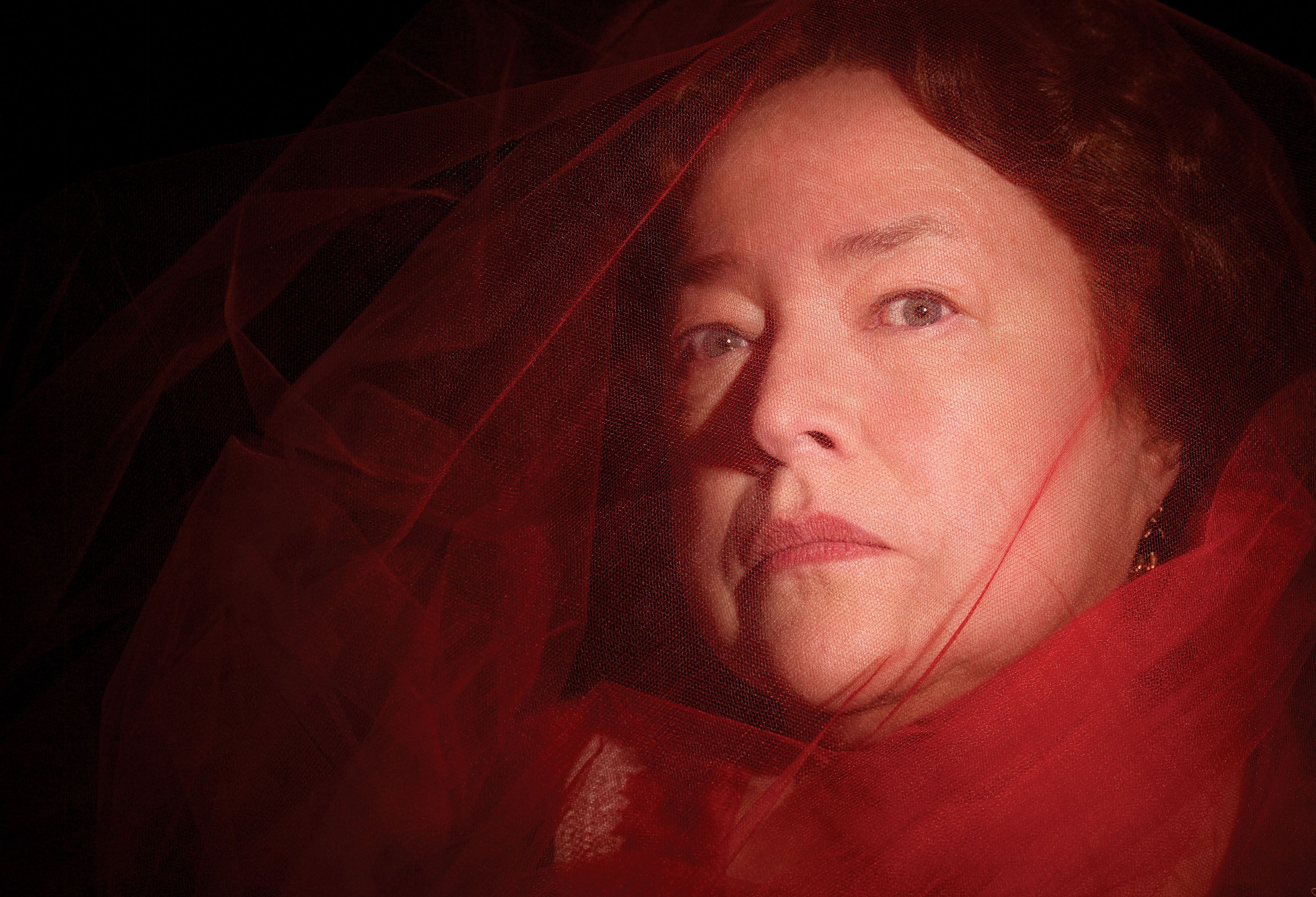 American Horror Story Interview: Kathy Bates Talks Coven ...  Kathy Bates American Horror Story