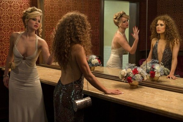 american-hustle-jennifer-lawrence-amy-adams
