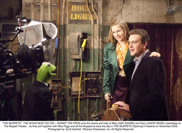 amy-adams-jason-segel-the-muppets-movie-image