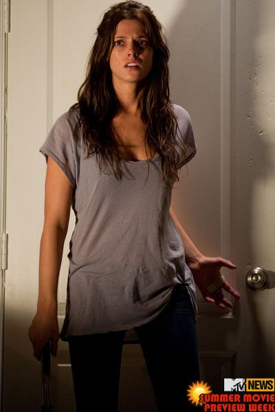 apparition-movie-image-ashley-greene