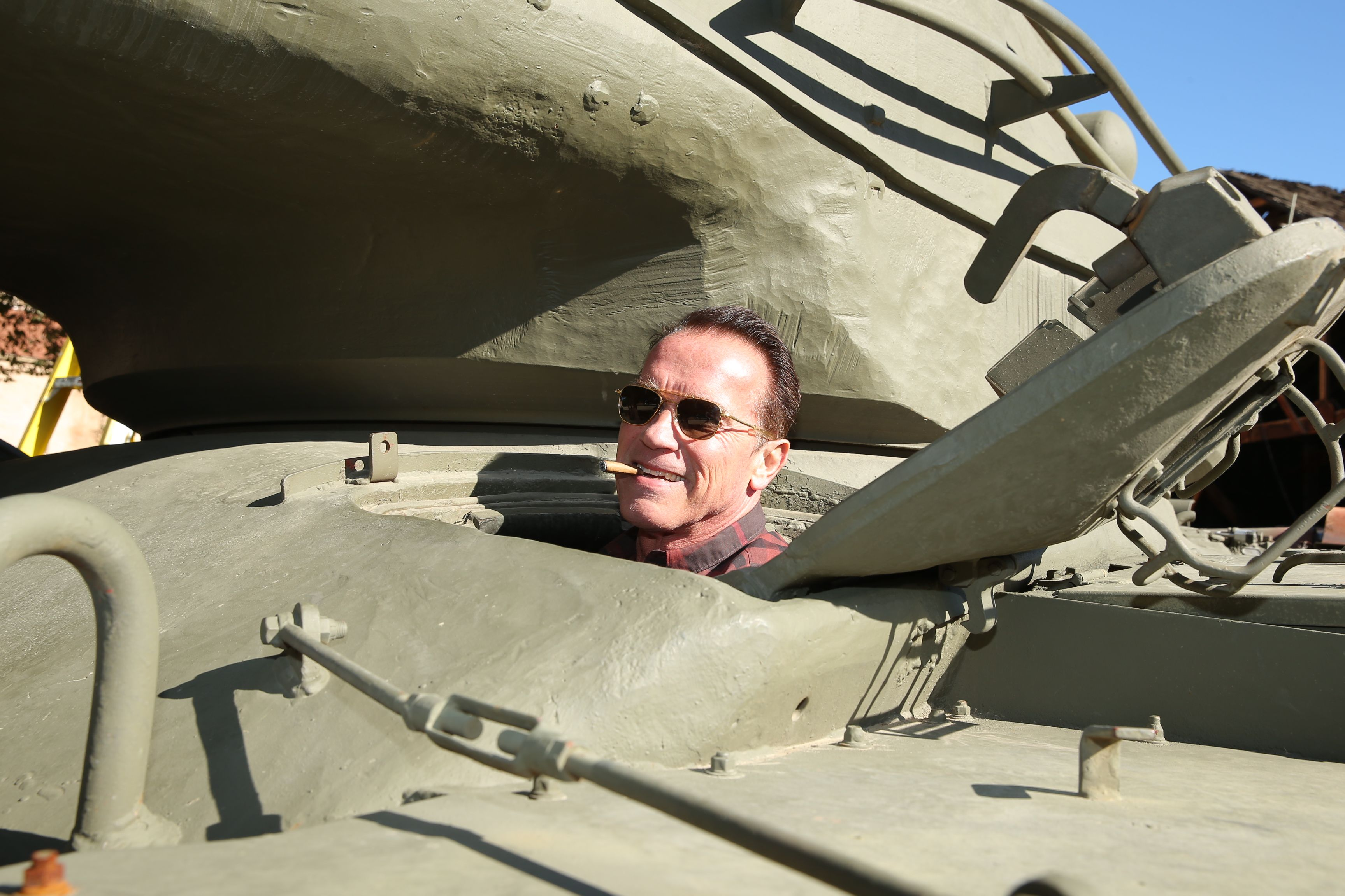 Arnold Schwarzenegger takes his own personal tank out for ...