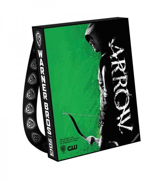 arrow-comic-con-bag-2013