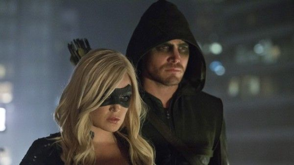 arrow-crucible-caity-lotz-stephen-amell