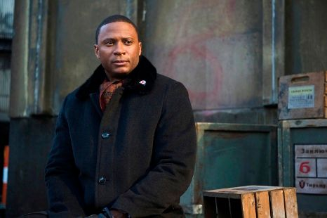 arrow-keep-your-enemies-closer-david-ramsey