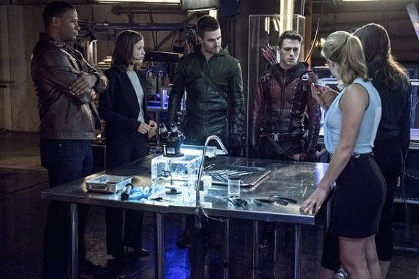 arrow-the-brave-and-the-bold-team-arrow-team-flash