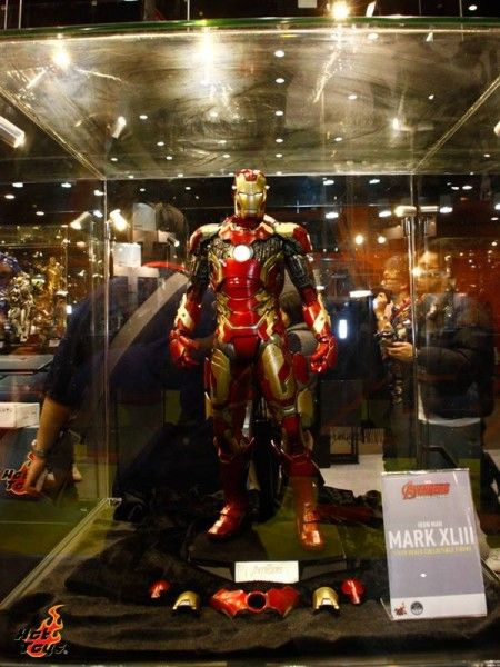 avengers-age-of-ultron-hot-toys-iron-man
