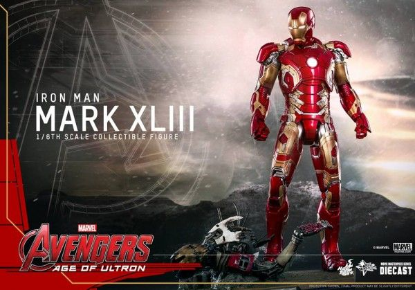 avengers-age-of-ultron-iron-man-suit-hot-toys-12