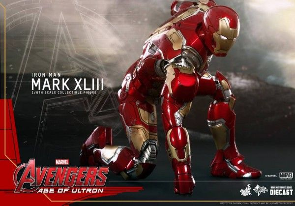 avengers-age-of-ultron-iron-man-suit-hot-toys-13