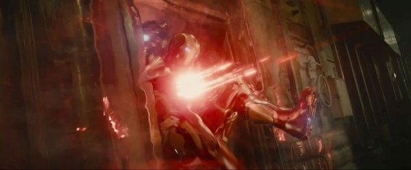 avengers-age-of-ultron-trailer-2-screengrab-10